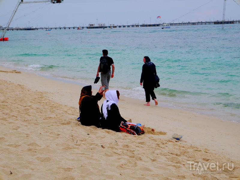 Пляжный отдых на острове Киш (Иран, Персидский залив) / Иран