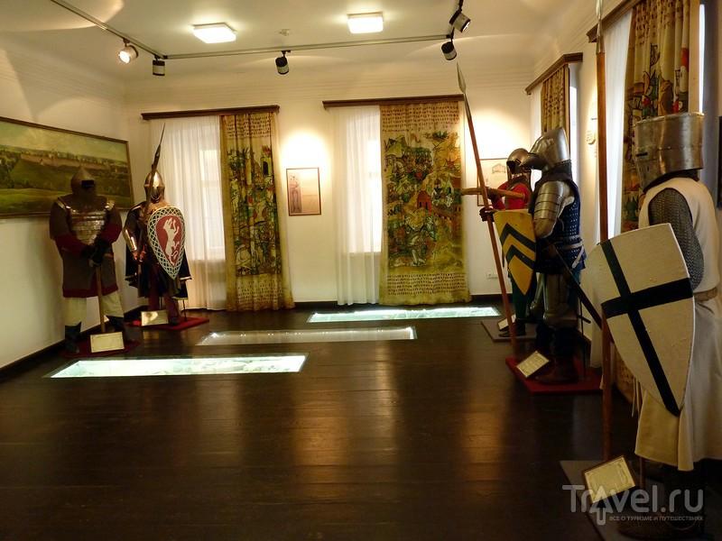 Музеи Изборска. Историческая экспозиция в доме купца Анисимова / Россия