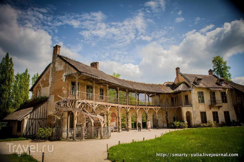 Версаль.  Деревня Марии-Антуанетты / Франция