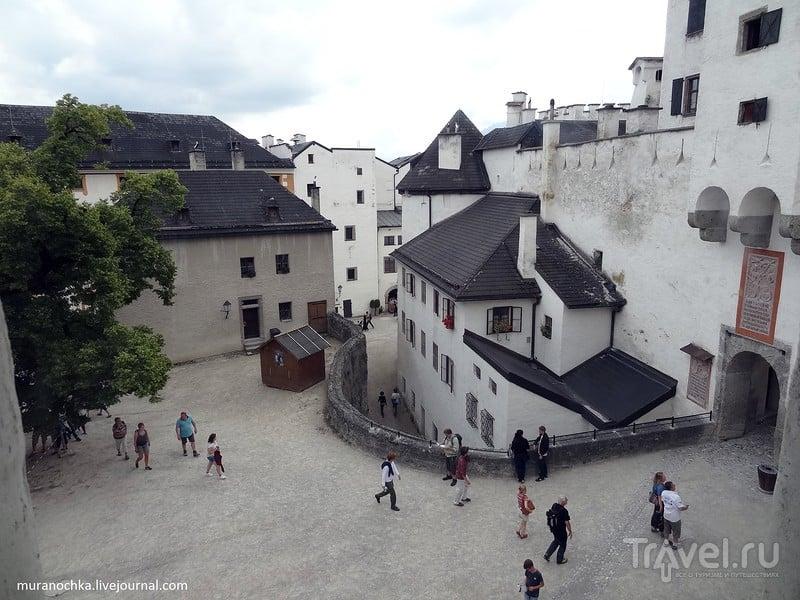 Вид на Зальцбург с высоты крепости Хоэнзальцбург / Австрия