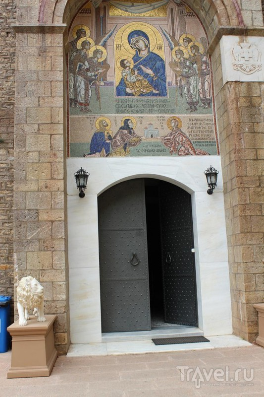 Монастырь Мега Спилион / Греция