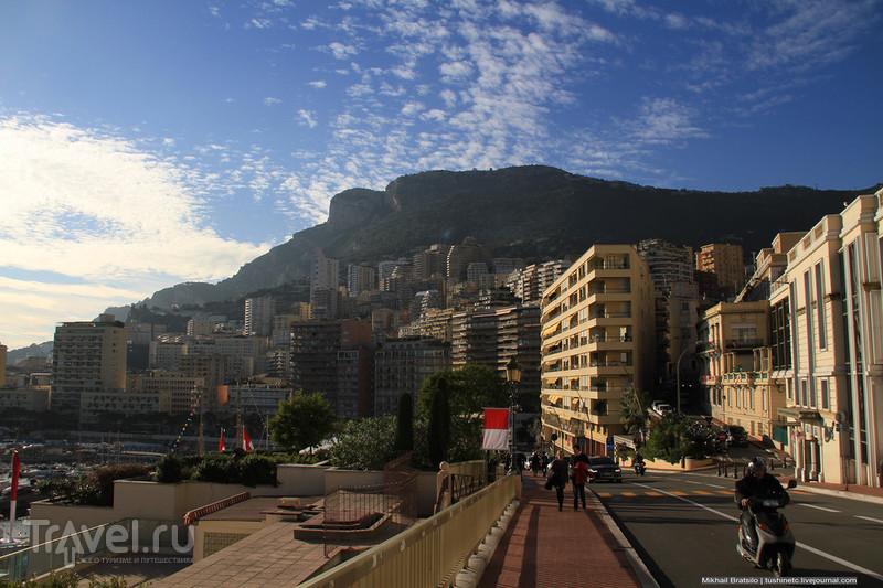 Вокруг казино Монте-Карло / Монако