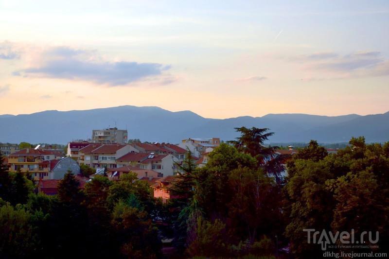 Розовый дом в долине роз / Болгария