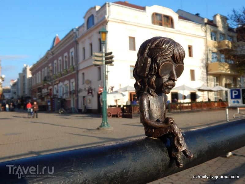 Новые мини-скульптуры Ужгорода и памятник императрице Марии Терезии / Украина