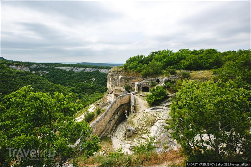 Пещерный город Чуфут-Кале / Фото из России