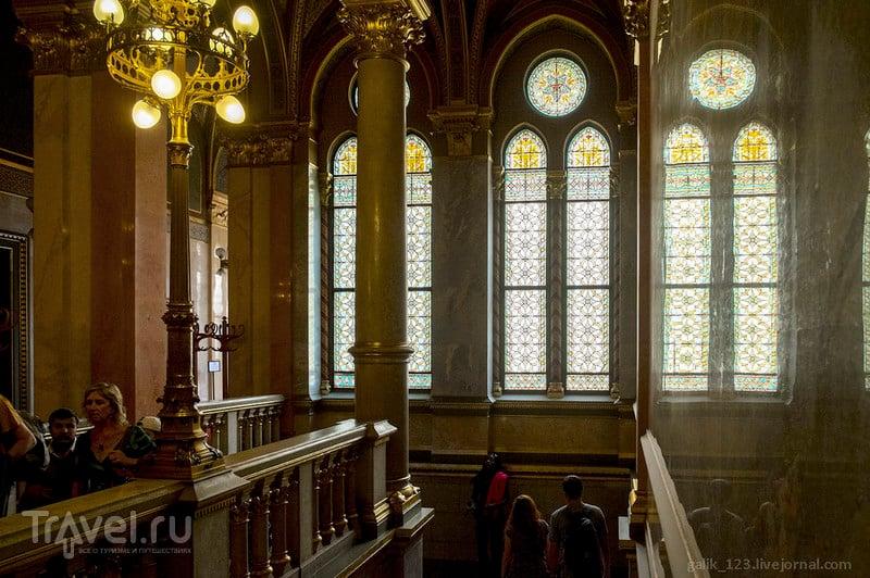 Витражи Венгерского парламента / Фото из Венгрии