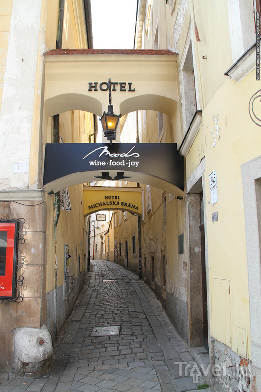 В Старом городе Братиславы / Словакия