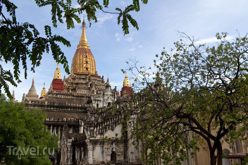 День в Багане: пагоды, золотые Будды, медитации и чудеса / Мьянма