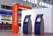 Киоски саморегистрации в аэропорту Frederic Chopin в Варшаве