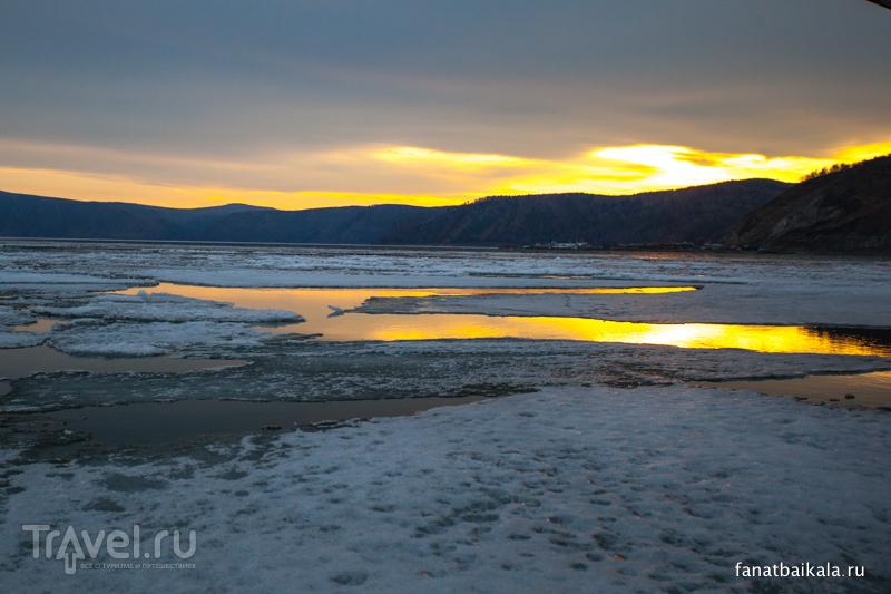 Байкал. Вслед за уходящим льдом / Фото из России