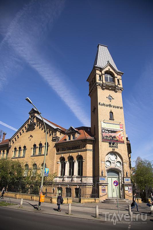 Место действия: Берлин. Цветы, кораблики и город / Германия