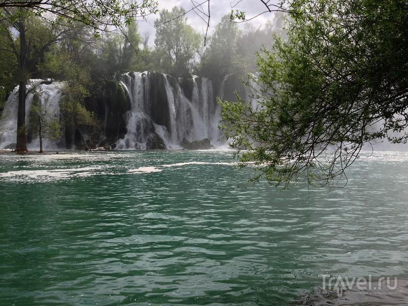 Роскошный водопад Кравице в Боснии и Герцеговине / Фото из Боснии и Герцеговины
