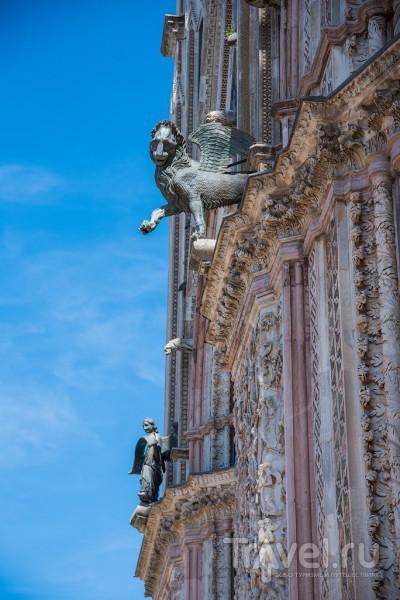 Италия - Орвието (Orvieto), начало апреля / Фото из Италии