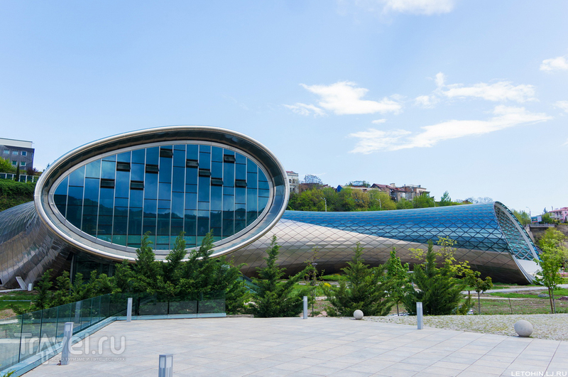 Парк Рике в Тбилиси. Есть чему завидовать! / Фото из Грузии
