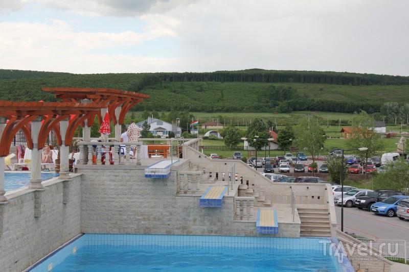 Пещерный аквапарк на термальном курорте в деревне Demjen / Венгрия