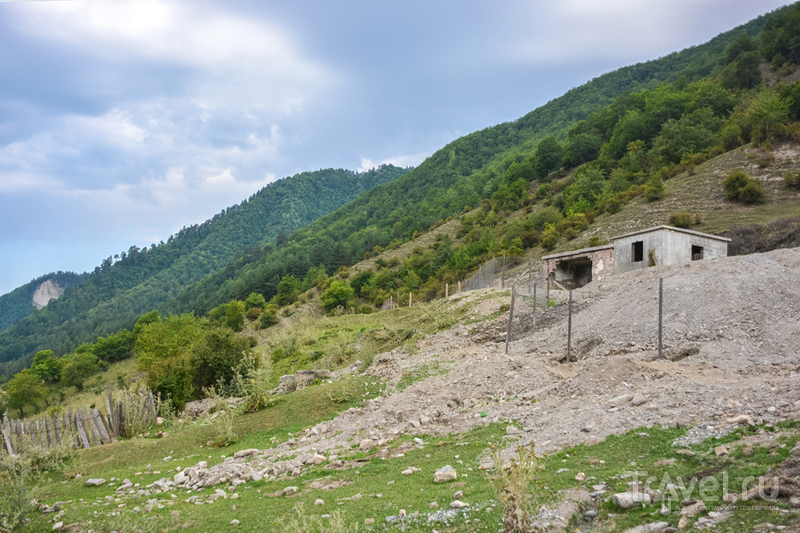 Отпуск по-грузински. Прогулка до озера Корульди / Грузия