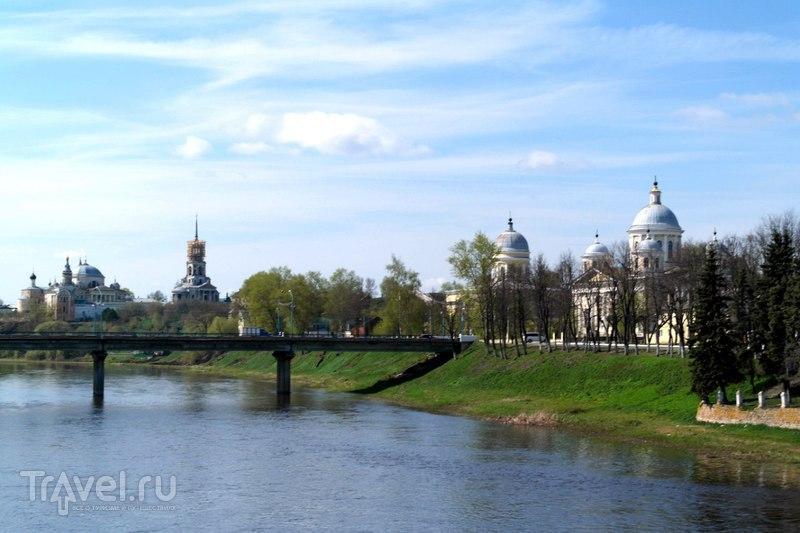 Торжок - Прогулка по Тверецкой набережной / Россия
