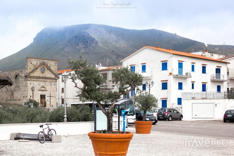 Один городок на Тирренском побережье / Италия