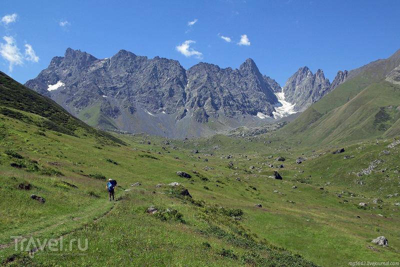 Через горы из Казбеги в Шатили. Озёра Абуделаури / Фото из Грузии