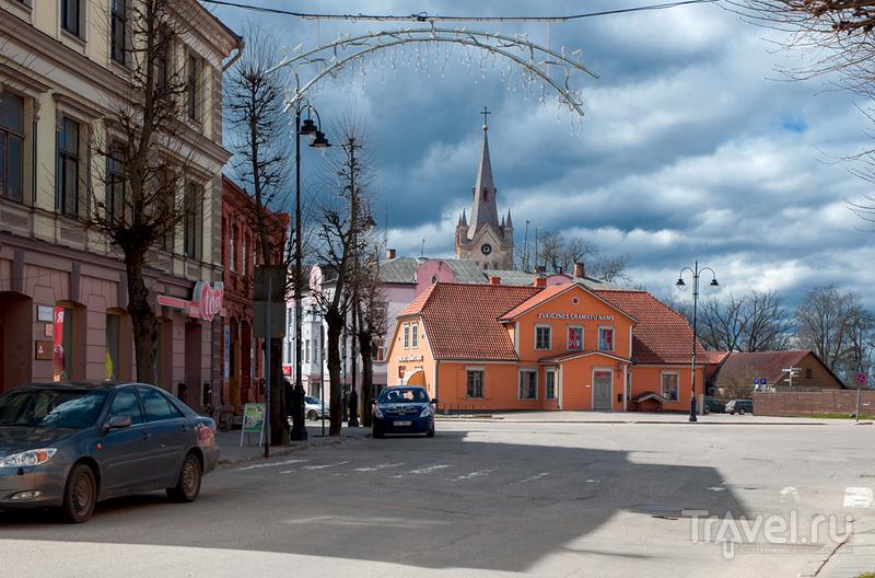 Пыльный маленький город... / Фото из Латвии