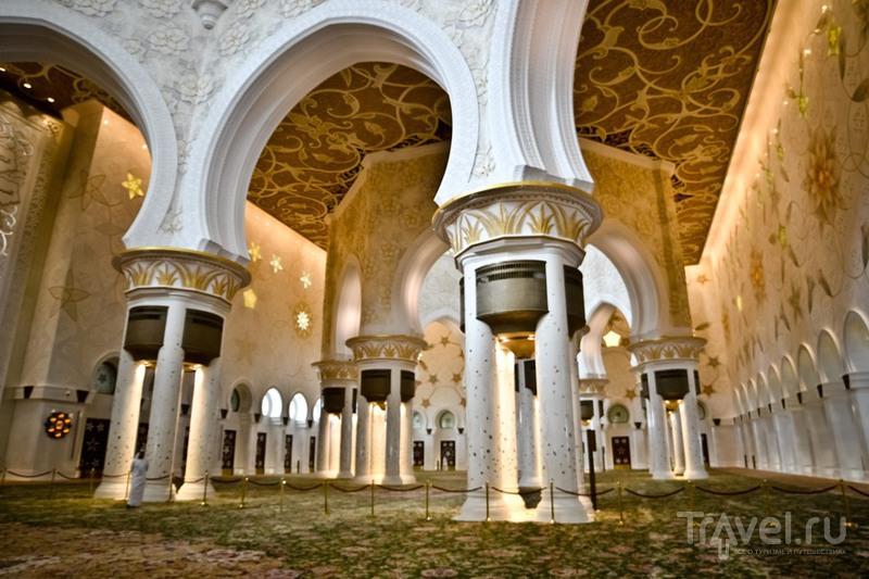 Абу-даби. Белая мечеть / Фото из ОАЭ