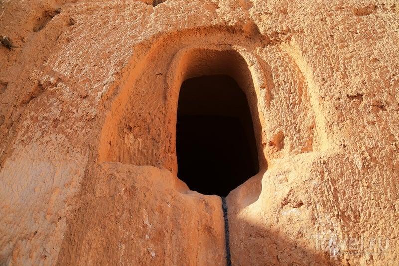 Вход в пещеру / Фото из Туниса