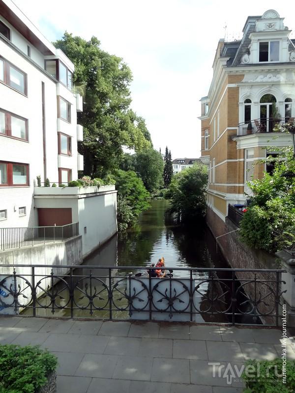 Вольный Гамбург: развесёлая Репербан, район старых складов и озеро Альстер / Германия