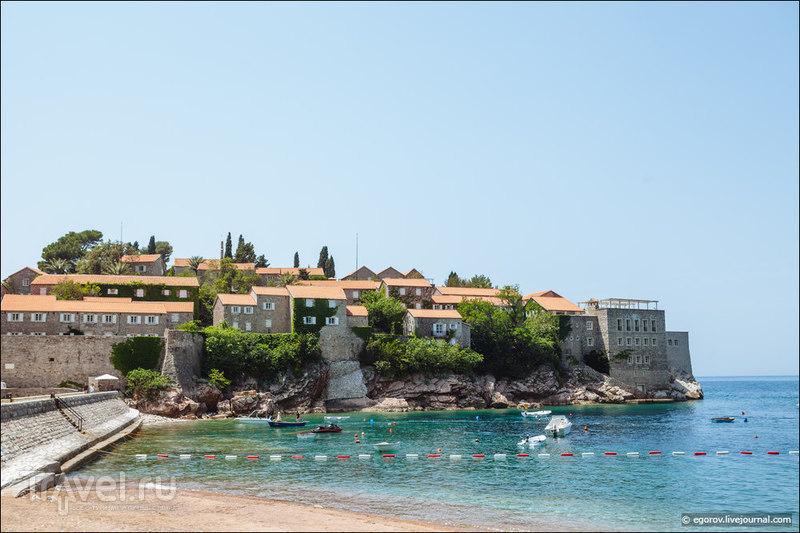 Sveti-Stefan - запретный остров-гостиница и пляж за 75 евро / Фото из Черногории