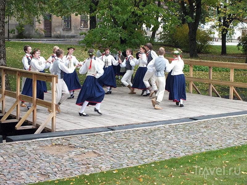 В городе возрождают народные танцы / Фото из Латвии