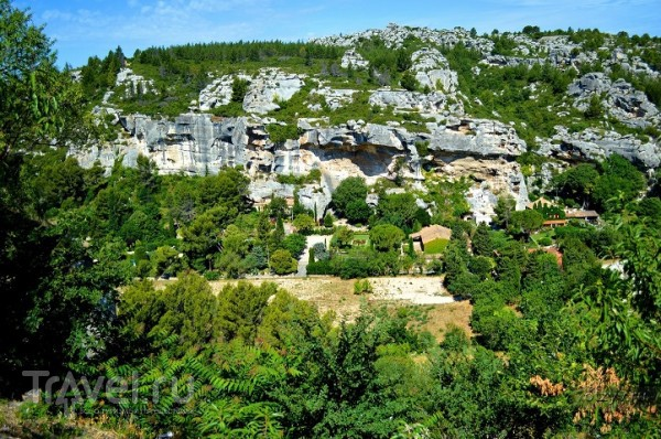 Замок и пещеры Ле-Бо-де-Прованс / Франция