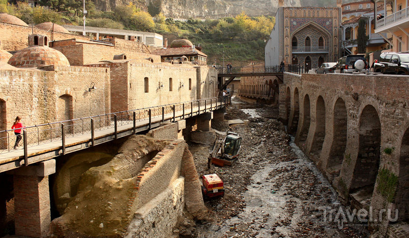Водопад в центре Тбилиси / Фото из Грузии