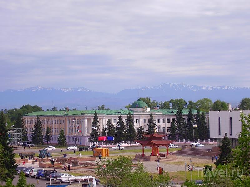Через Долину Царей / Россия