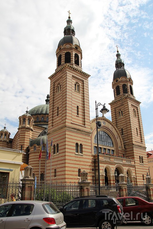 """Дома с """"глазами"""" в Sibiu и замок Корвинов в Hunedoara / Фото из Румынии"""