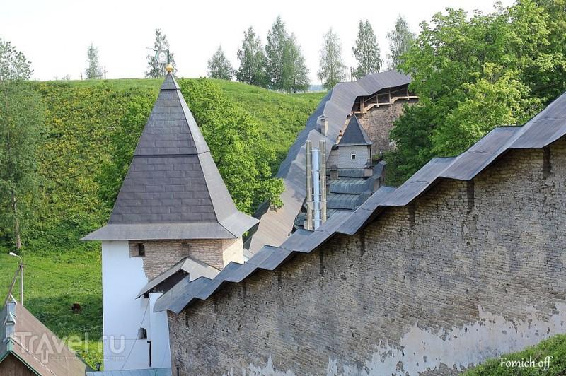 В Псковской стороне. Псково-Печерский монастырь / Фото из России