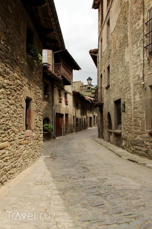 Рупит - застывший в  средневековье / Испания