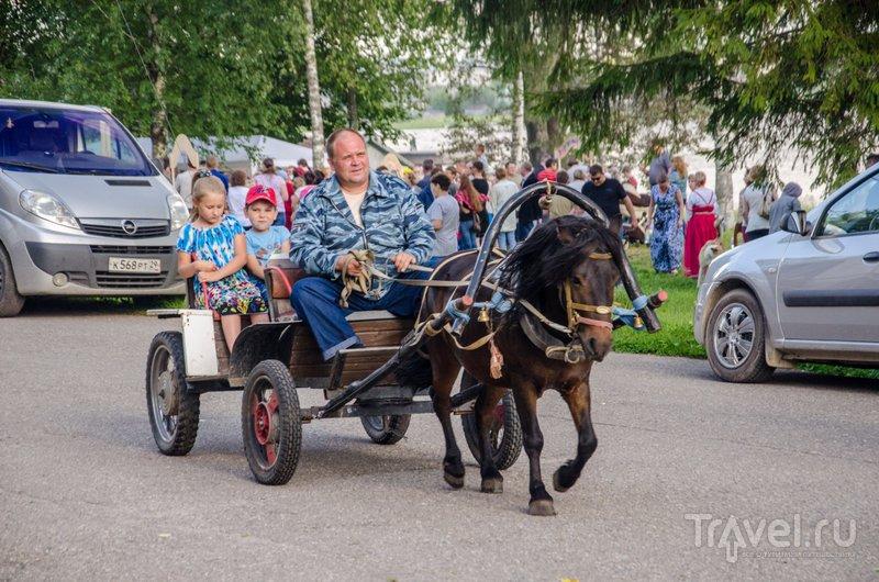 Среди развлечений для гостей праздника - катание на лошади / Фото из России