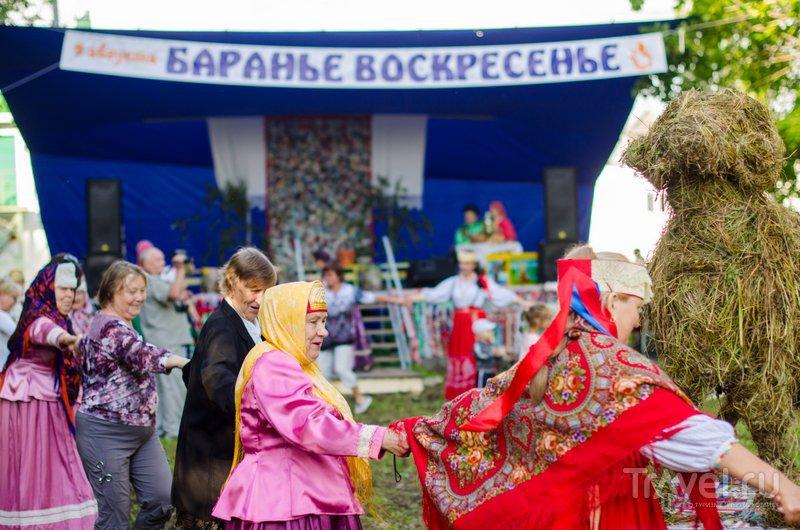 Баранов день без хороводов не обходится / Фото из России