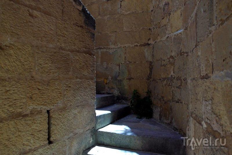 Виктория. Остров Гозо. Мальта - По дороге к цитадели / Мальта