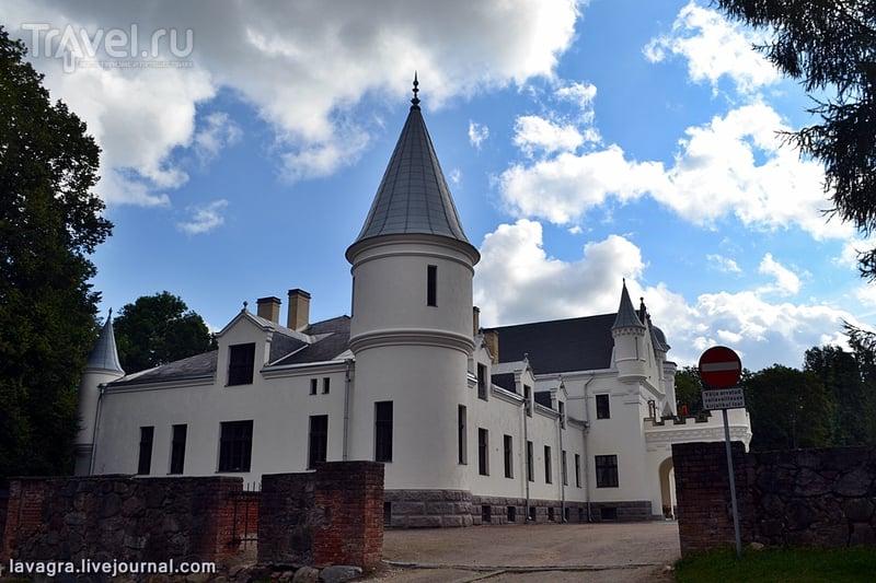 Мыза Алатскиви - эстонская усадьба по-шотландски с совхозно-тракторным прошлым / Эстония