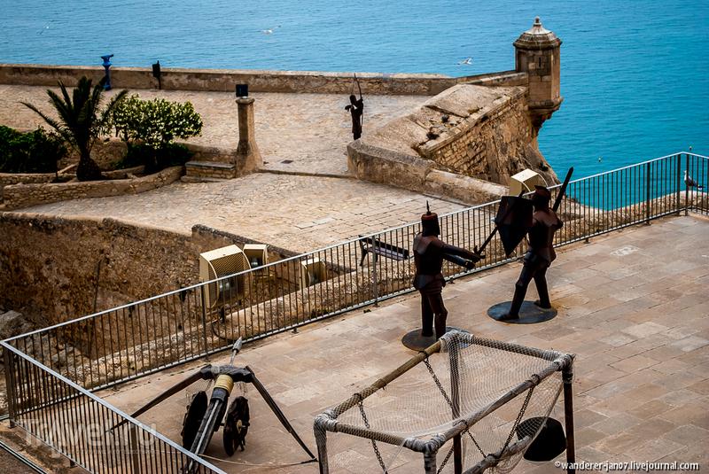 Крепость Санта-Барбара в Аликанте / Фото из Испании