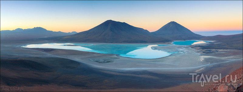 Панорамный взгляд со склона вулкана на вулканы в округе! Боливия / Фото из Боливии