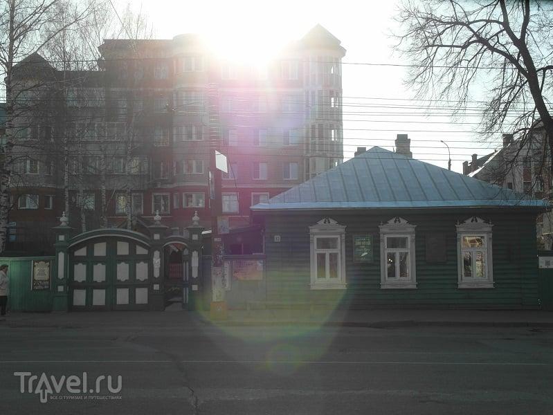 Киров. Ветхими улочками Хлынова / Россия