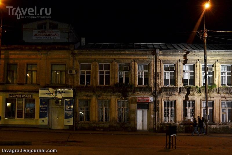 Неоднозначный Кутаиси или последний томный вечер в Грузии / Грузия