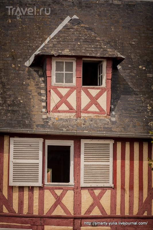 Франция, Нормандия, Бёврон-ан-Ож (Beuvron-en-Auge) / Фото из Франции