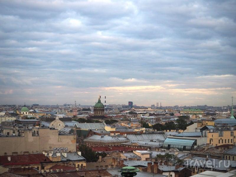 Крыши Питера / Фото из России
