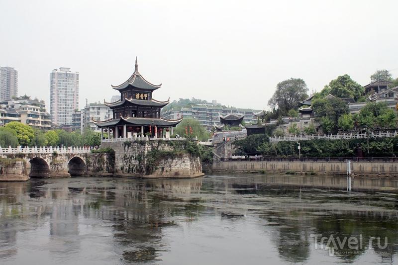 Гуйян - самый дорогой и бессмысленный город Китая / Китай