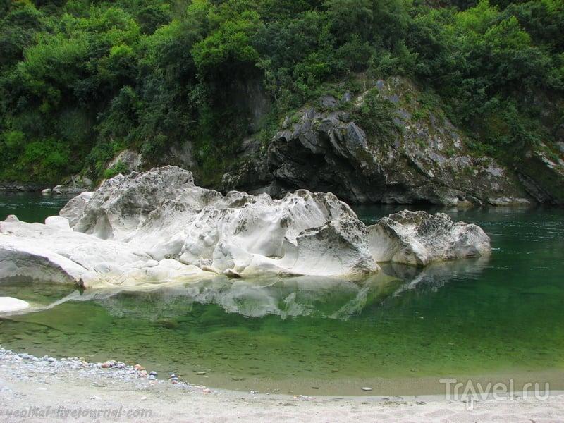 """В стране антиподов. """"Молочная река, кисельные берега"""". Изумрудно-белое / Фото из Новой Зеландии"""