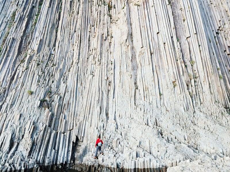 Остров Кунашир. Мыс Столбчатый / Фото из России
