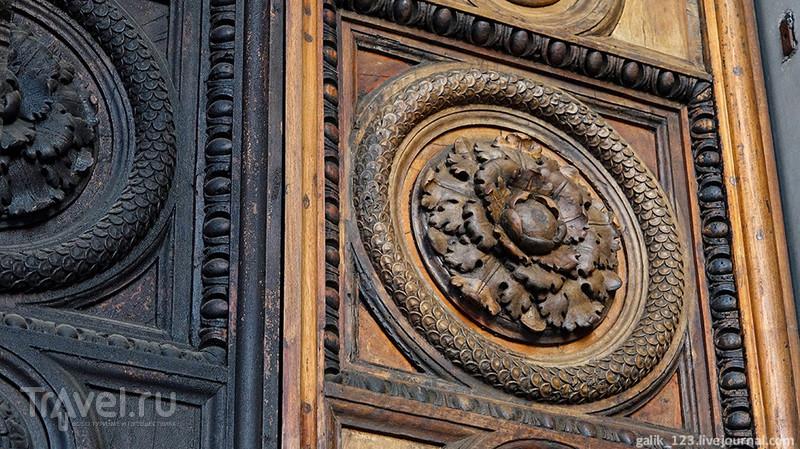 Дуомо тосканского города Лукки / Италия