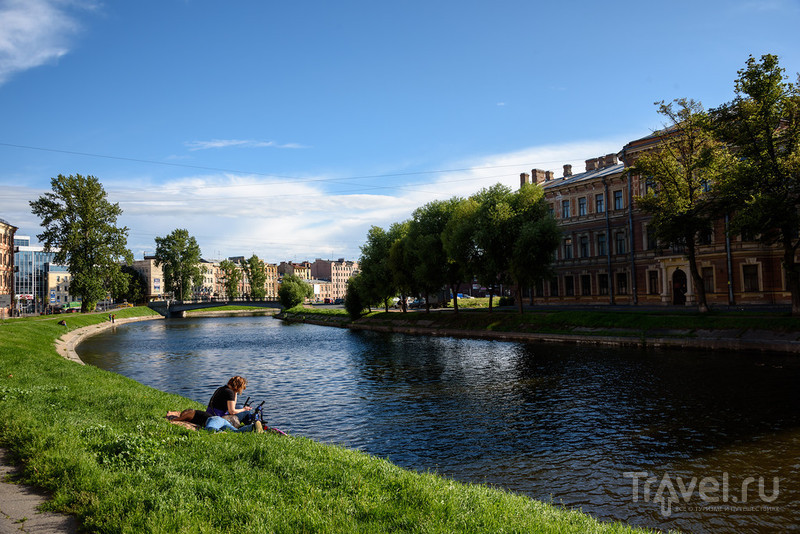 Летняя фотопрогулка вдоль Фонтанки и Канала Грибоедова / Фото из России